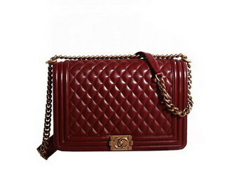 Chanel Boy Flap Shoulder Bag in Burgundy Original Leather Gold