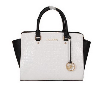 Michael Kors Selma Bag in Croco Leather MK0909 White&Black