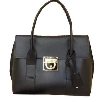 Ferragamo Medium Tote Bag Calfskin Leather SF0611 Black
