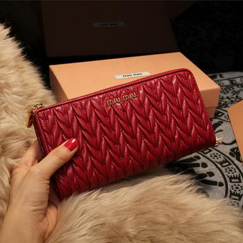 miu miu Matelasse Nappa Leather Wallet 5M3307 Red