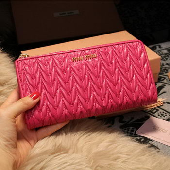 miu miu Matelasse Nappa Leather Wallet 5M3307 Rose