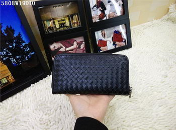 Bottega Veneta Intrecciato Calfskin Zip Around Wallet BV5808 Black