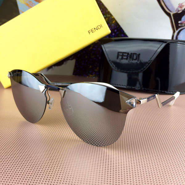 Fendi Sunglasses FDS427033