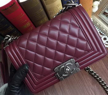 Boy Chanel Flap Shoulder Bags Sheepskin Leather A67085 Burgundy