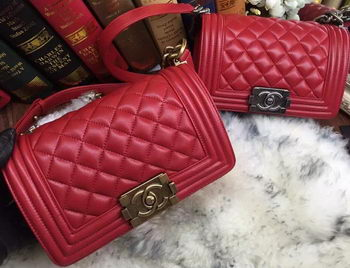 Boy Chanel Flap Shoulder Bags Sheepskin Leather A67085 Red