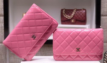 Chanel mini Flap Bag Patent Leather A33814C Pink