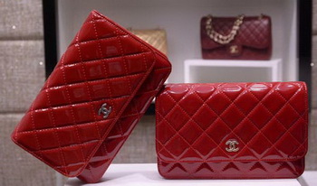 Chanel mini Flap Bag Patent Leather A33814C Red