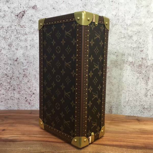 Louis Vuitton Monogram Canvas Watches Box 40664 Yellow