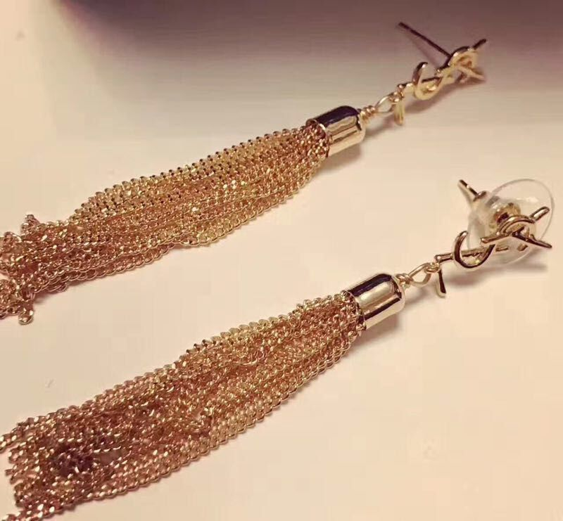 Yves Saint Laurent Earrings 17524
