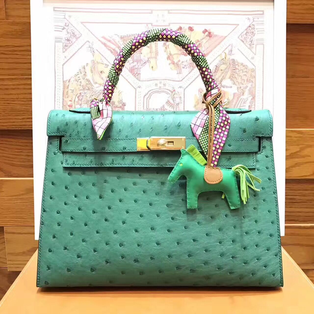 HERMES Ostrich Leather Toto Bag 1788 Green