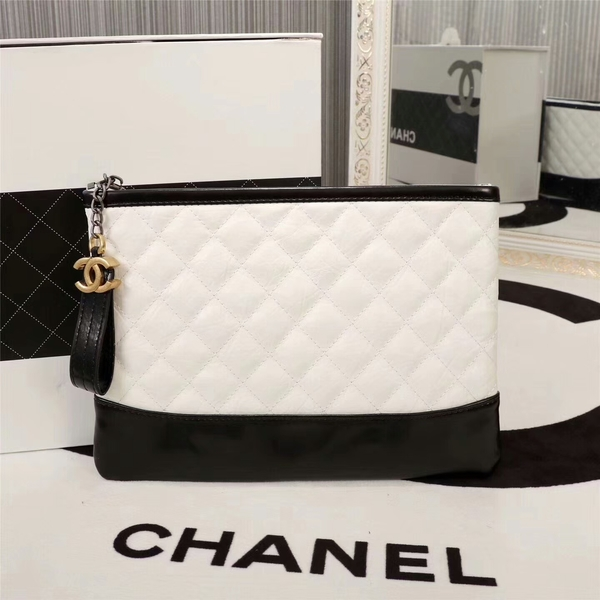 Chanel 2017 Calfskin Leather Clutch 8127 White