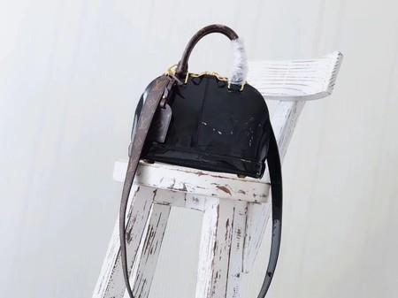 Louis Vuitton Monogram Vernis ALMA BB M54704 Black