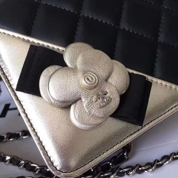 Chanel Camellia Flap Shoulder Bag Sheepskin Leather 88215C