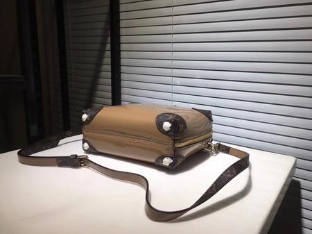 Louis Vuitton EPI Leather Shoulder Bag M53546 Khaki
