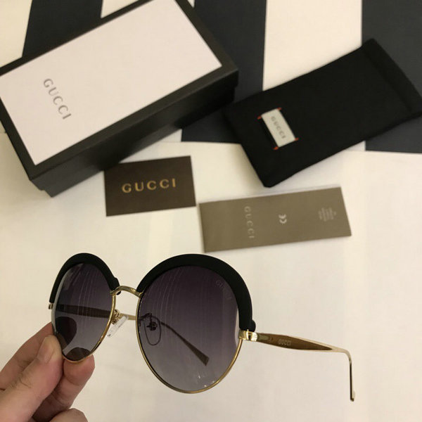 Gucci Sunglasses GGS150272G1001
