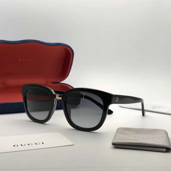 Gucci Sunglasses GGS150272G1010