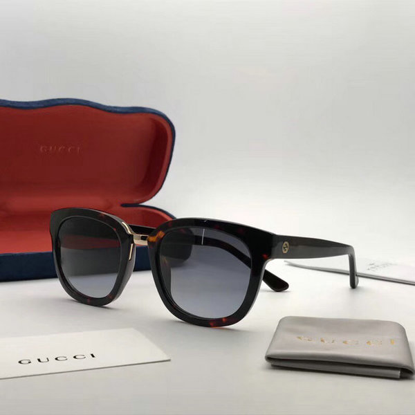 Gucci Sunglasses GGS150272G1011