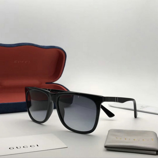 Gucci Sunglasses GGS150272G1014