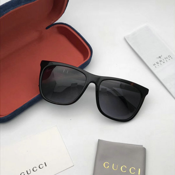 Gucci Sunglasses GGS150272G1017