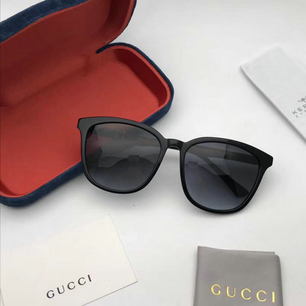 Gucci Sunglasses GGS150272G1020