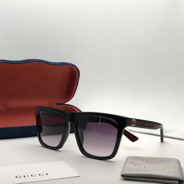 Gucci Sunglasses GGS150272G1022