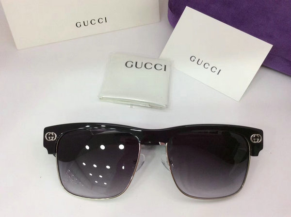 Gucci Sunglasses GGS150272G800