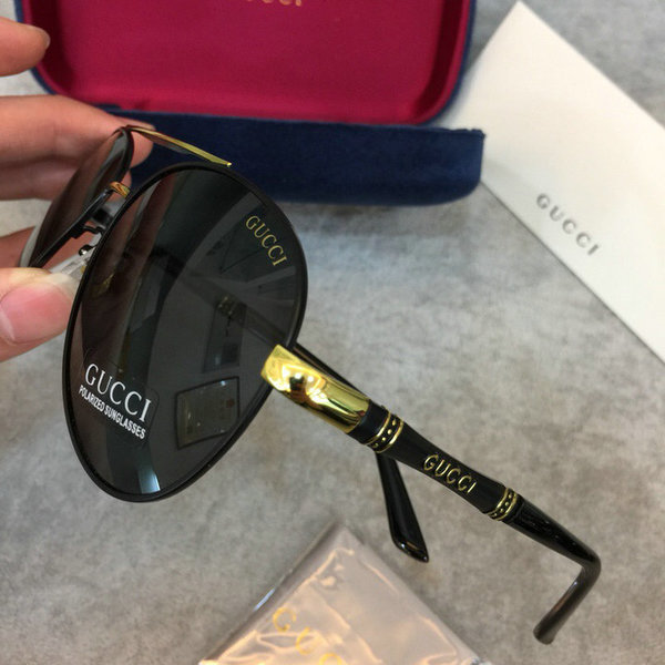 Gucci Sunglasses GGS150272G821