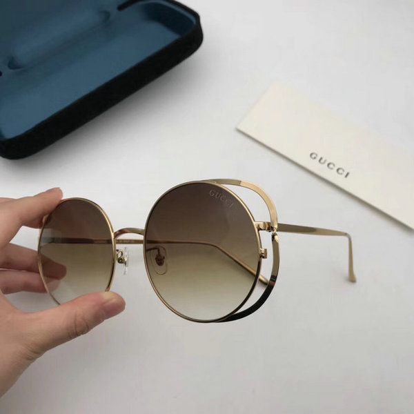 Gucci Sunglasses GGS150272G823