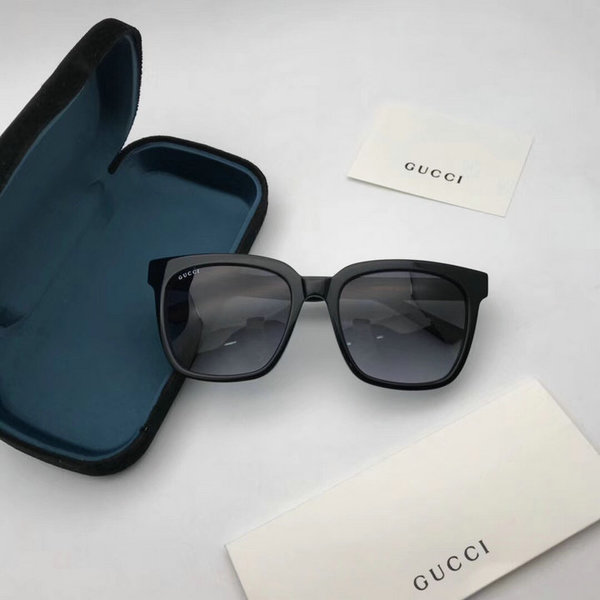 Gucci Sunglasses GGS150272G832