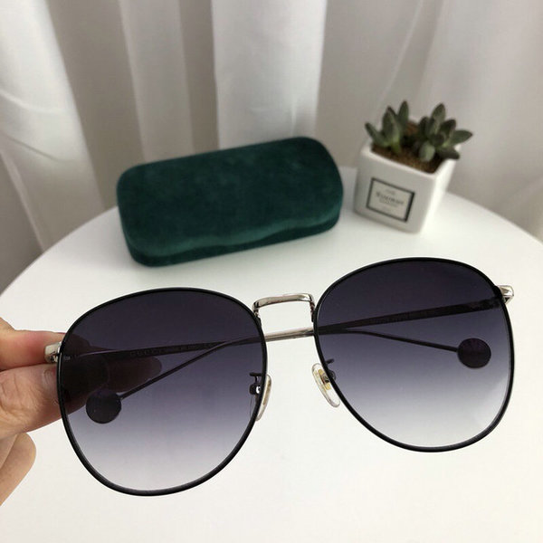 Gucci Sunglasses GGS150272G981