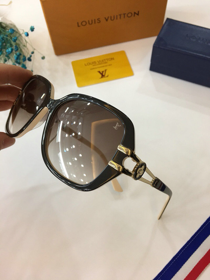 Louis Vuitton Newest Fashion sunglasses top quality LV0004