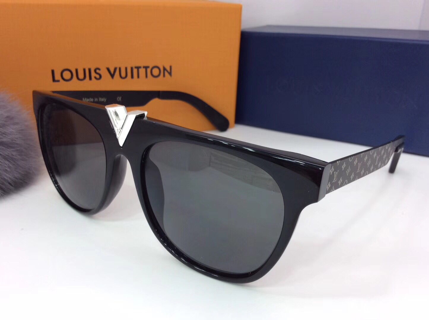 Louis Vuitton Newest Fashion Sunglasses Top Quality LV0047
