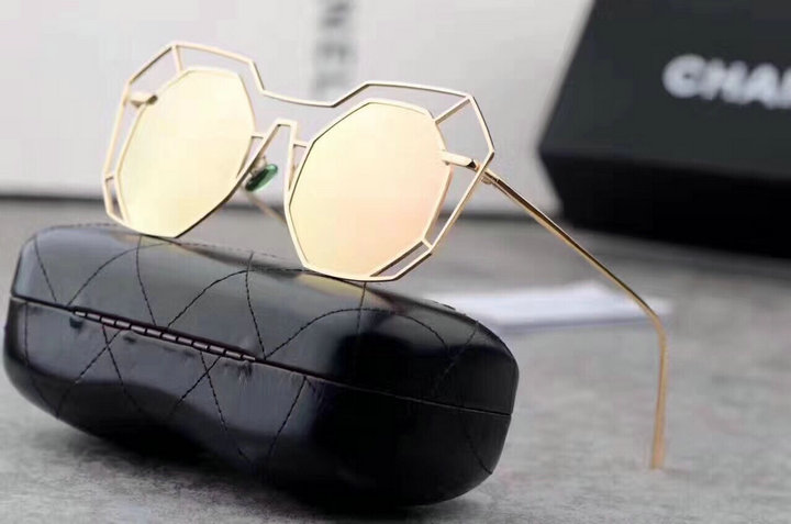 Chanel Newest Fashion sunglasses top quality CC0102