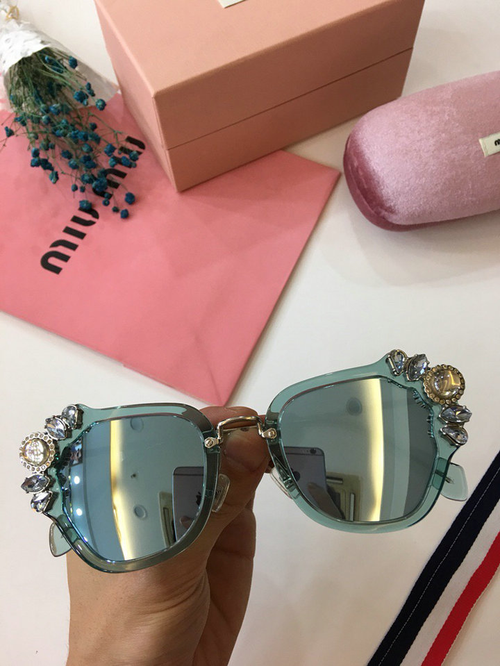 MiuMiu Newest Fashion Sunglasses Top Quality MM0022
