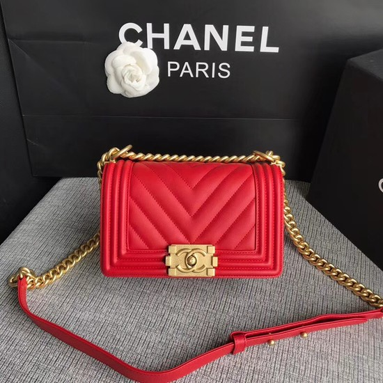 Chanel Le Boy Flap Shoulder Bag Original Calf leather A67085 Bright red Gold Buckle
