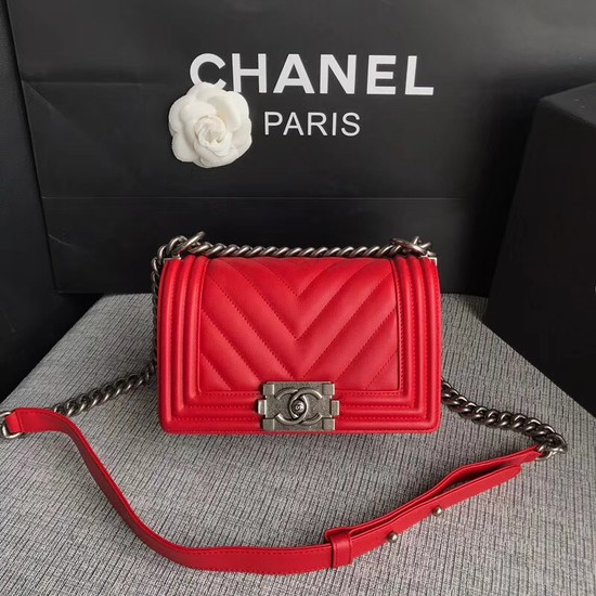 Chanel Le Boy Flap Shoulder Bag Original Calf leather A67085 Bright red silver Buckle