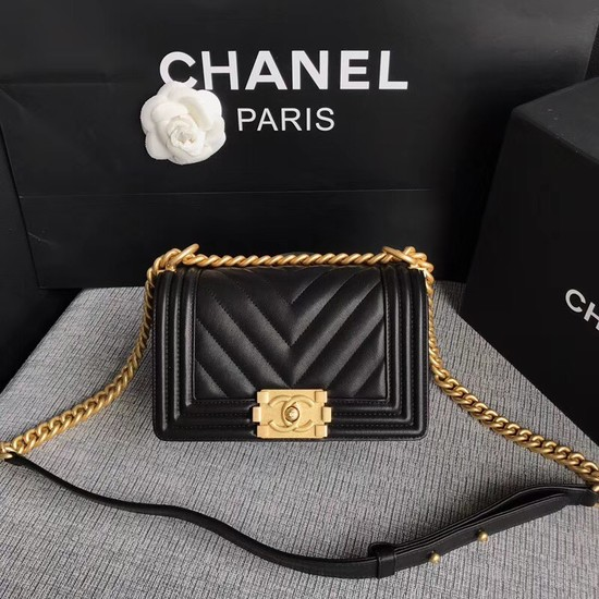 Chanel Le Boy Flap Shoulder Bag Original Calf leather A67085 black Gold Buckle