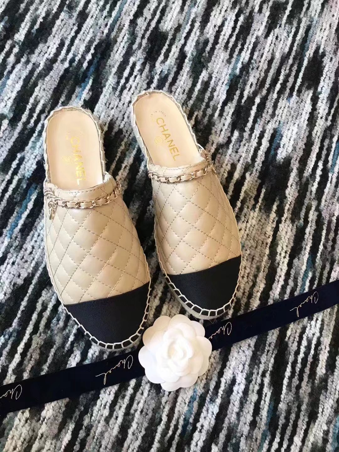Chanel Slippers CH2336LRF Apricot
