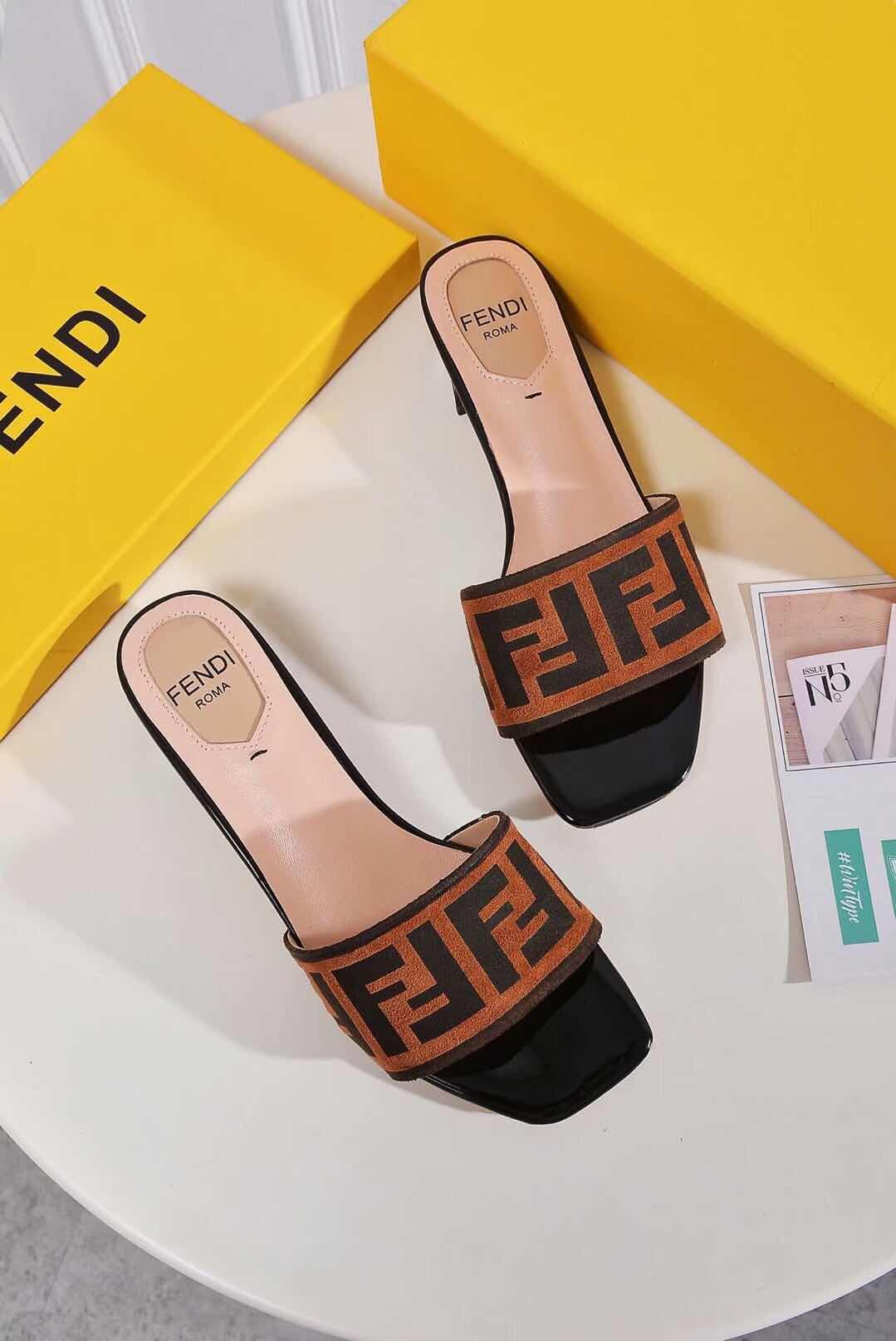 Fendi Slipper 2369