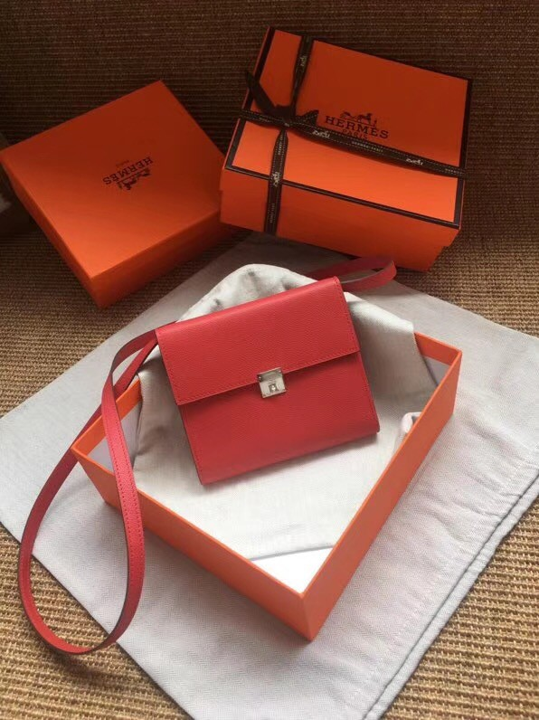 Hermes Clutch Epsom calfskin H0589 red