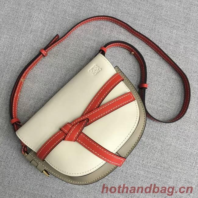 Loewe Crossbody Bags Original Leather 8088 creamy-white
