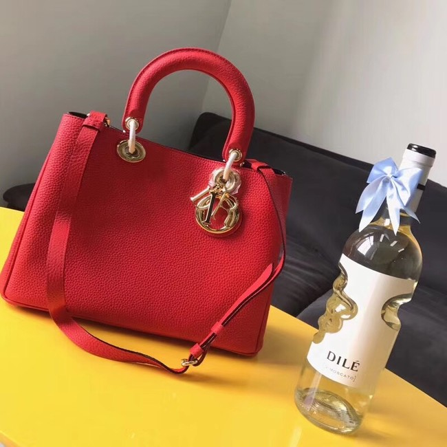 Dior Diorissimo Bag in Original Grainy Leather CD0678 red & Gold-Tone Metal