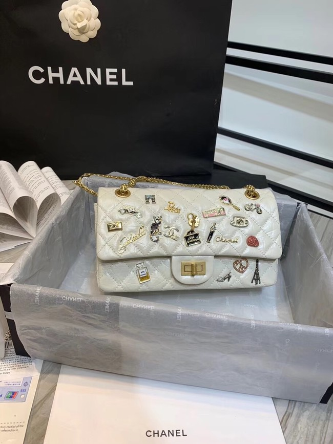 Chanel 2.55 handbag Aged Calfskin, Charms & Gold-Tone Metal A37586 creamy-white