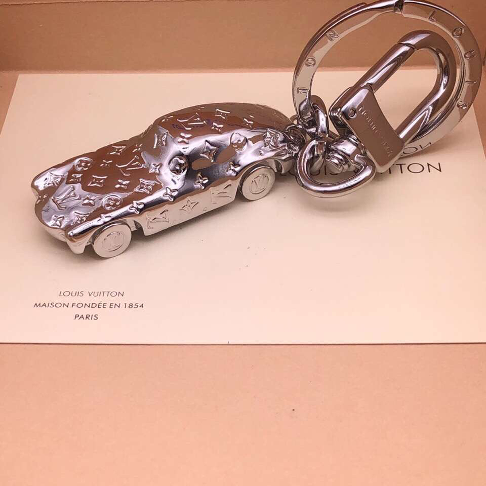 Louis Vuitton Keychain LV122630