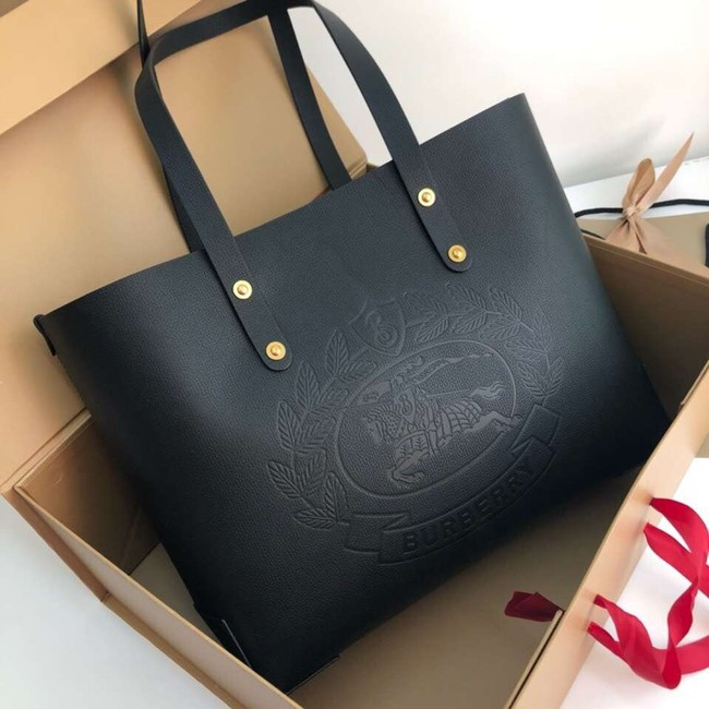 BURBERRY Embossed crest leather tote 13134 black