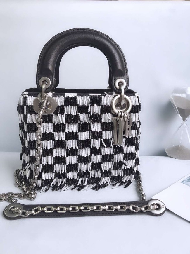 MINI LADY DIOR BAG IN EMBROIDERED CALFSKIN AM0505 WHITE&BLACK