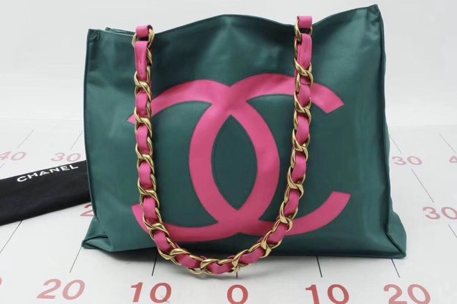 Chanel gold -Tone Metal Shoulder Bag 94118 green