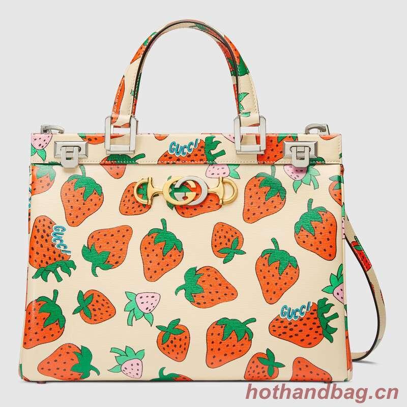 Gucci Zumi Strawberry print medium top handle bag 564714