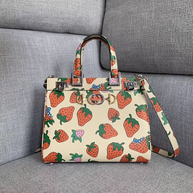 Gucci Zumi Strawberry print small top handle bag 569712