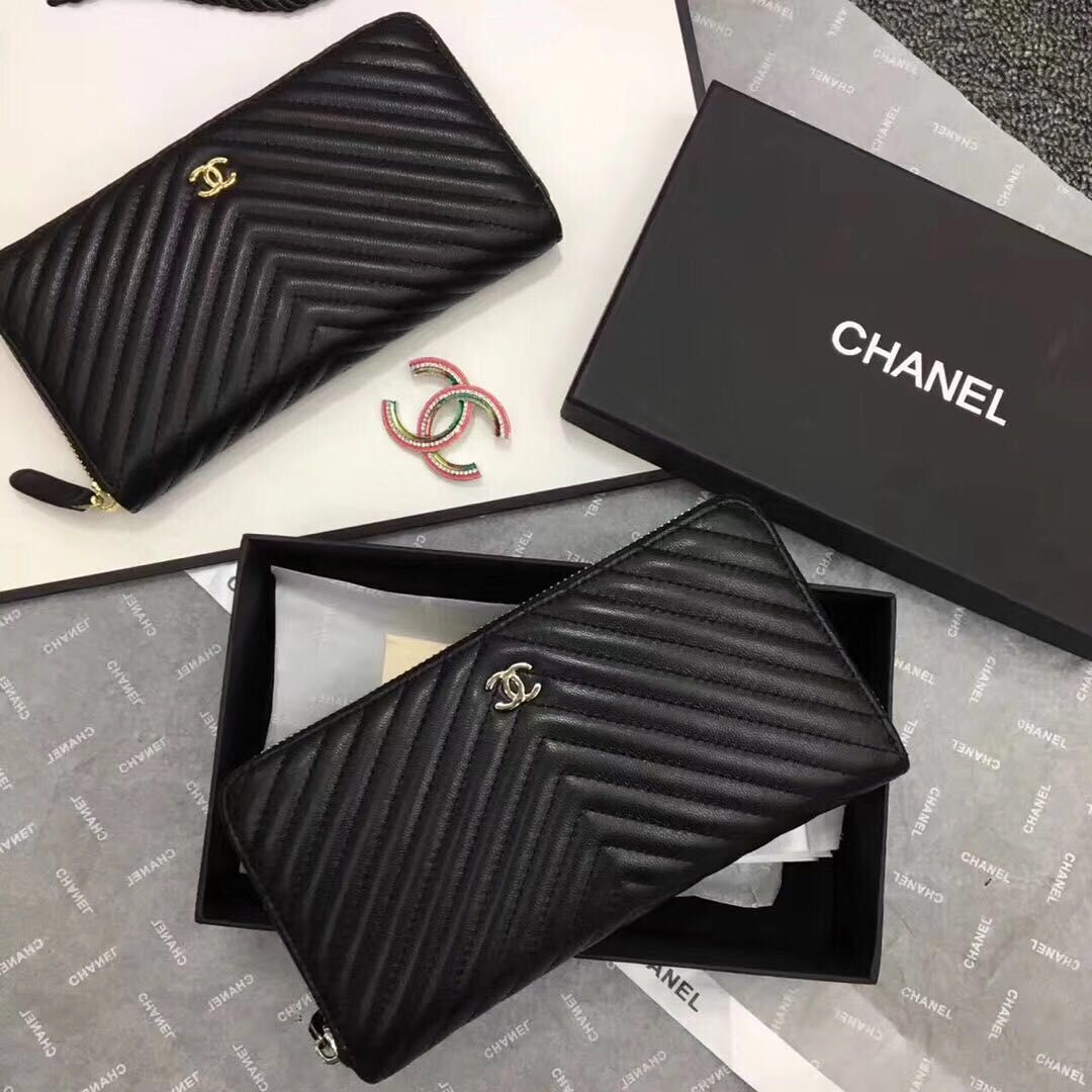 Chanel Chevron Sheepskin Leather Zippy Wallet Black A50498 Silver